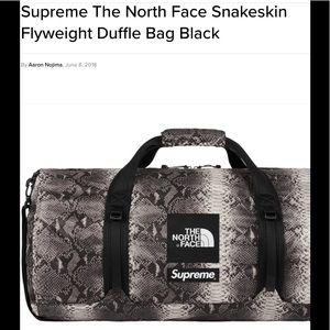 """Supreme """"The North Face"""" snakeskin flyweight   Bag"""